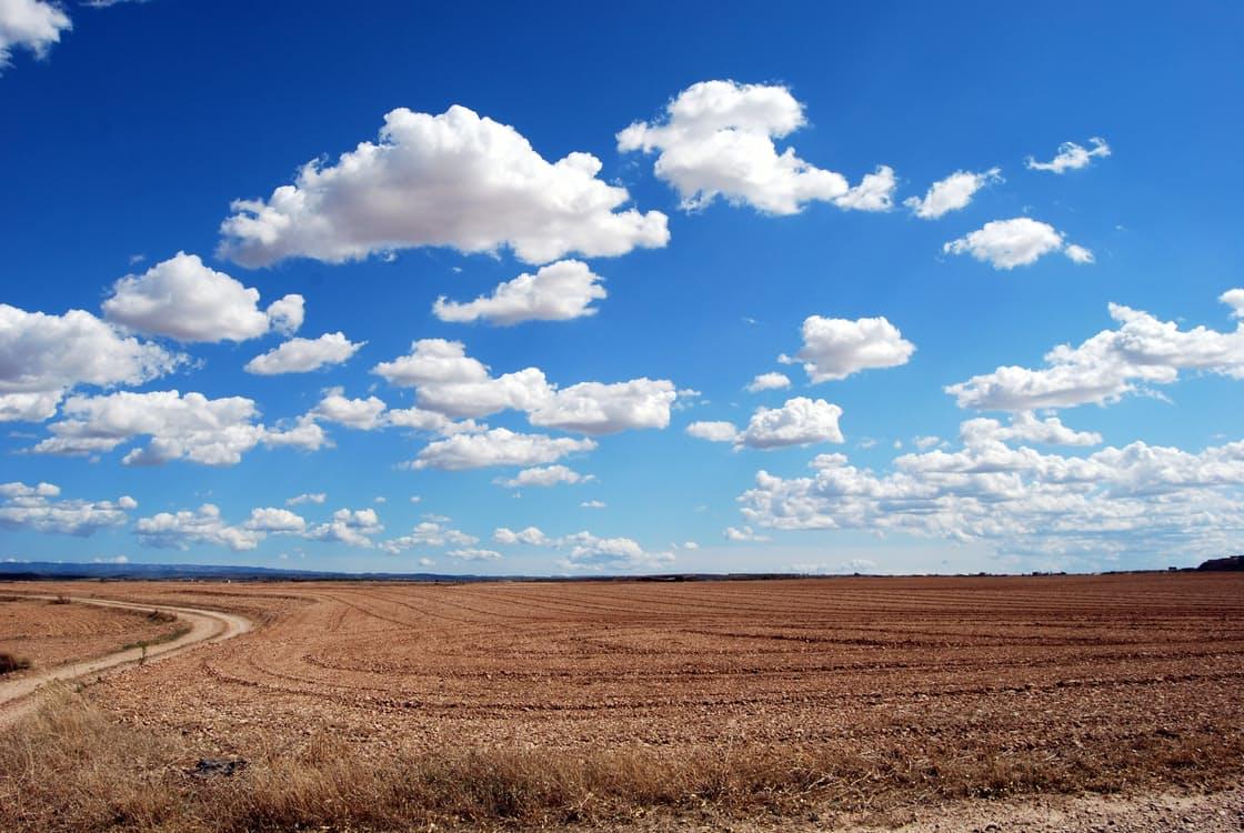 verstand trainen wolken (stoppen met piekeren)