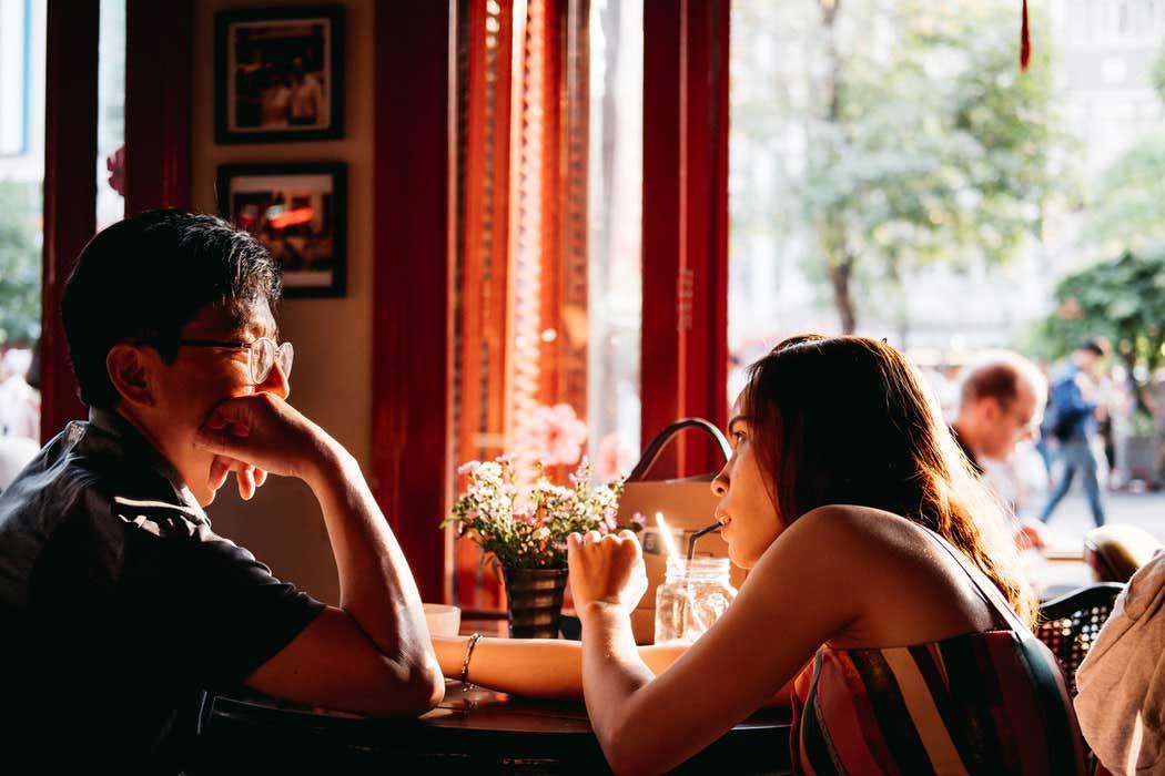 geen-druk-bij-de-ander-leggen-bij-het-flirten