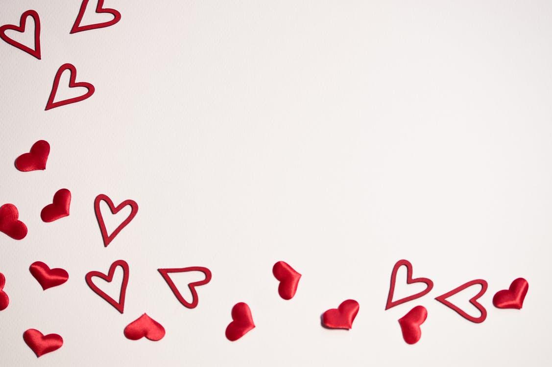 Je hart volgen: hoe luister ik naar mijn hart? (Betekenis & Tips)