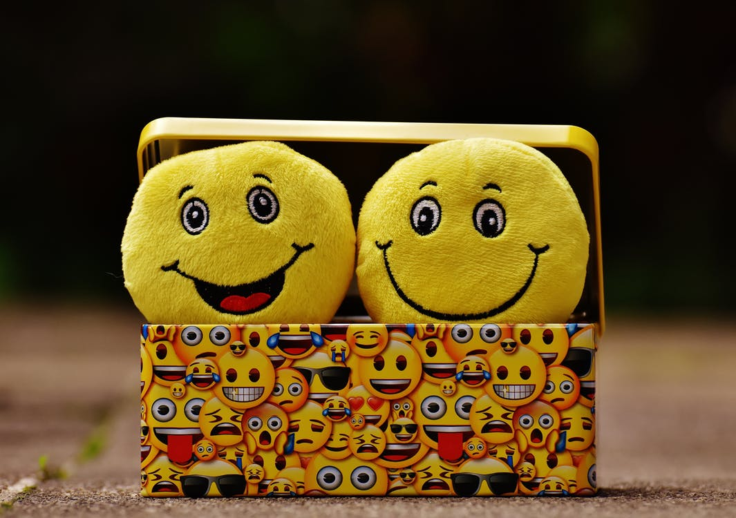 Alle 295+ Emoties [Gigantische lijst] Wat zijn basis- & secundaire emoties?