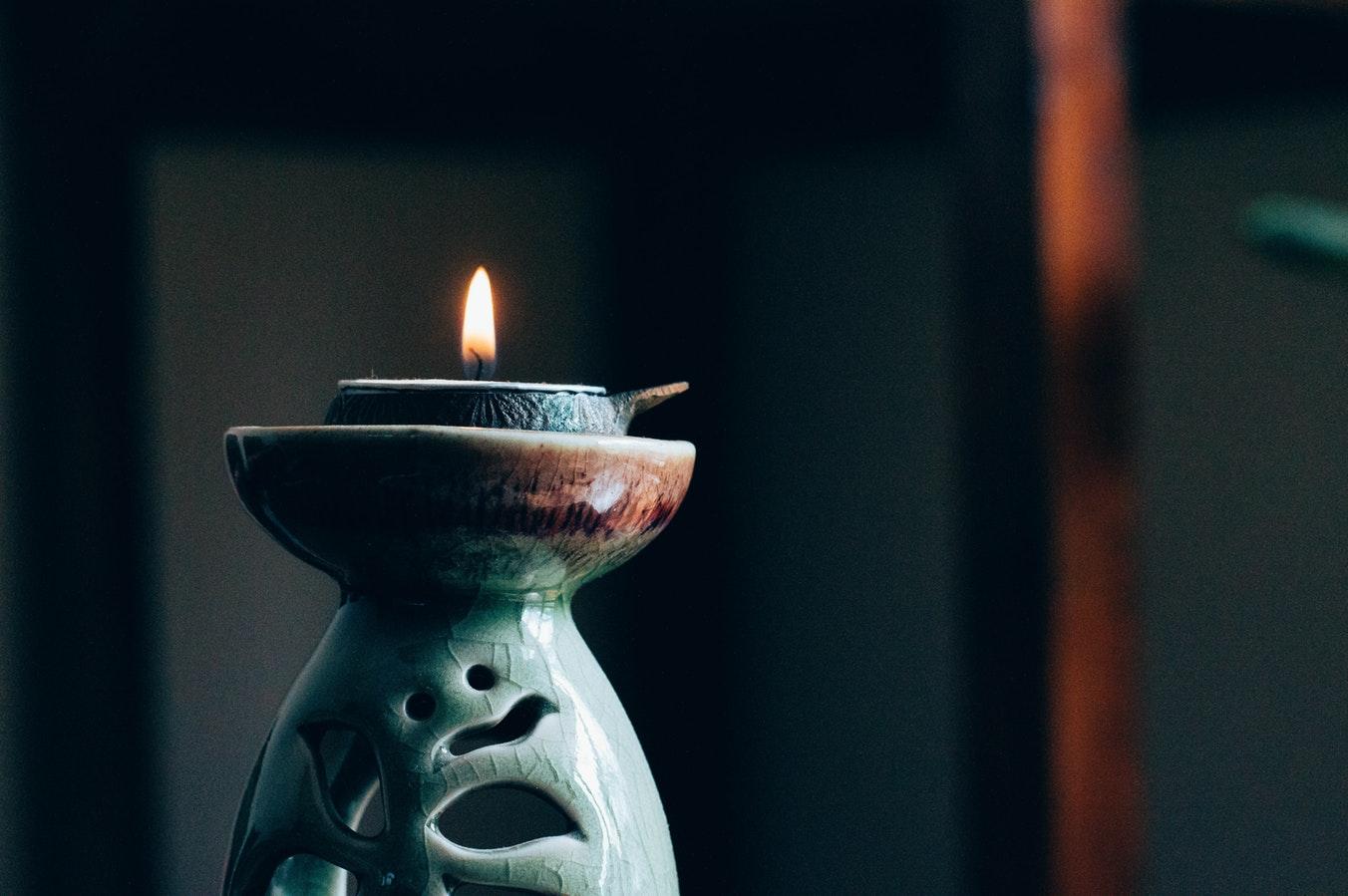 Meditatie Artikelen Kopen [Meditatiekussens, Bankjes, Bolsters & Meer]