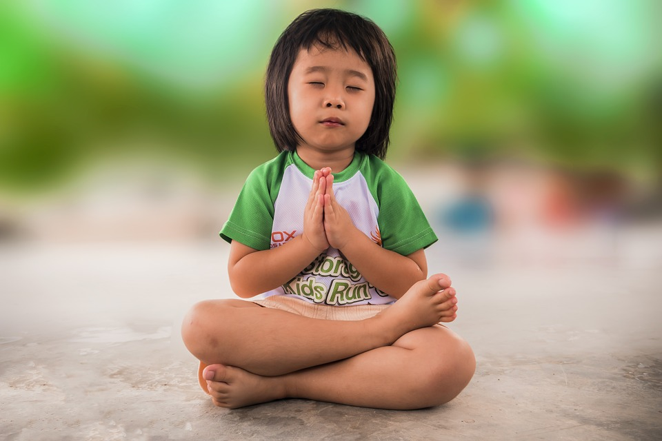 kind onbevooroordeeld en mindful opvoeden