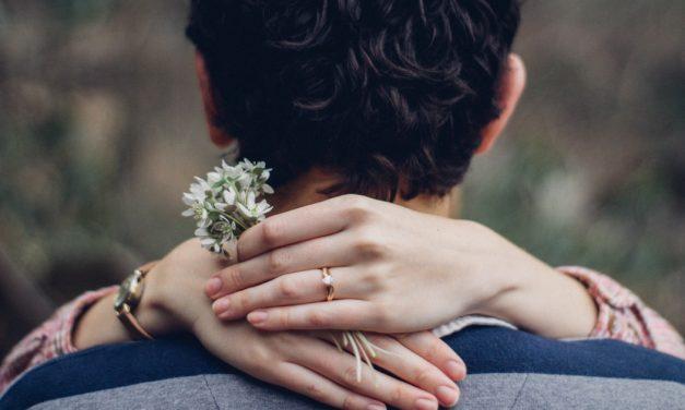 [Howto] Hoe vind ik een partner? Serieuze relatie zoeken [12 beste tips]
