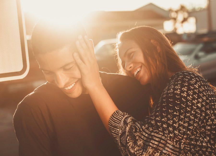 verliefd gedrag van mannen herkennen