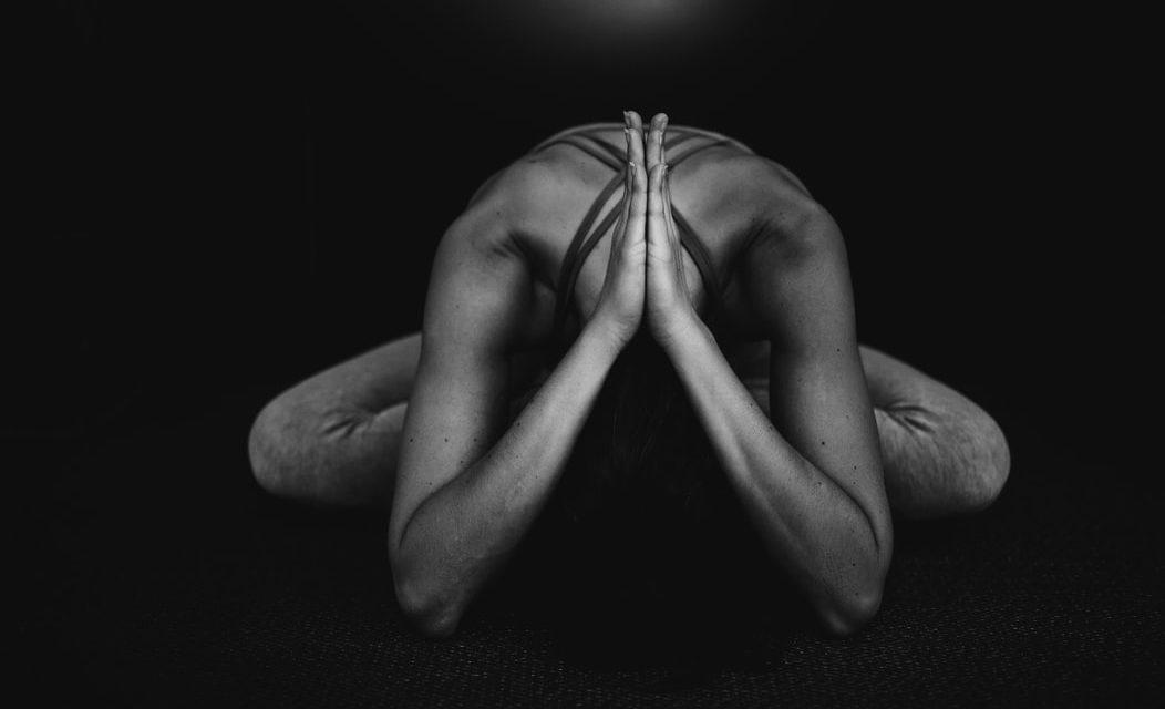 Yoga Op Het Werk: Beste Tips & Uitleg [Belangrijk!]